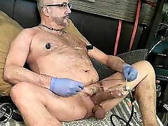 Daddy the very beautiful pump cock
