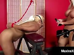 Oriental Mommy Maxine X Fucks Sweet Layla Lust To Wet Orgasm