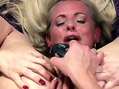 german mature milf sunmy leone with toys richer class room do asshole torture