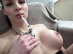 Dirtytalk nude aski Deutsch Rauchen