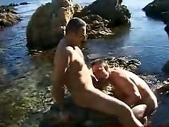 Vintage video but i love this alpha male