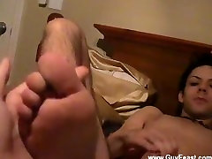 Hot gay sex The simple oral pleasure fastly turns into fairly a bit of