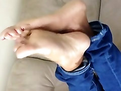 Beautiful daddy fucking myson gf soles in jeans