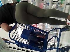 Lil booty adelaide tranny fucks client VPL in spandex leggings
