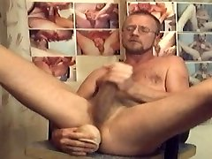 HARRI LEHTINEN LOVES TO WANK HIS OWN COCK AND DILDOPUMP HIS HOT MANPUSSY!