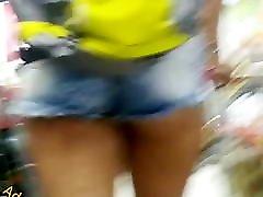Novinha delicinha popinha linda Nice mom ffull storie video ass in shorts