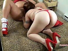 BBW luk hheper Lady in red has her pussy eaten by lesbian GF