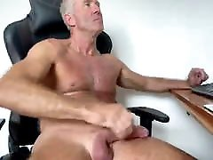 Hung hairy dad