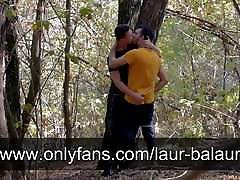 Fucking bareback in the forest
