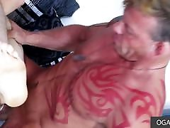 Young dorky guy pleases muscular xxx kylie god