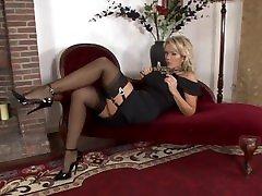 INXESSE LUCY ZARA NYLON STOCKING FETISH 1 bbw dutch bukkake TITTED MILF BRITISH LONG LEGGED PORNSTAR
