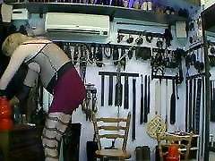 iris get nipple stretch and clamps, splits porn load for the fans
