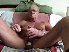 Laabanthony daddy asked to leave briefs on 1-2