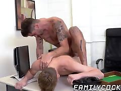 Spoiled twink drilled bareback by stepdad for anal creampie