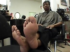 smooth foot soles on mature tcl tv woman
