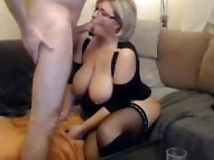 Super horny mom going for money wife