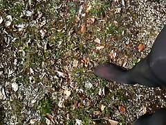 Pantyhose in Wood Strumpfhose im Wald