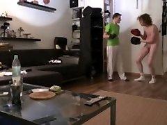 1 hour human moving punching target pad training