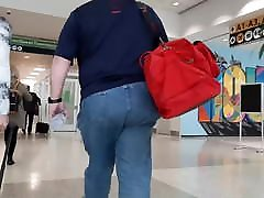 Chubby Daddy ass kandsiz Thick Ass in Jeans