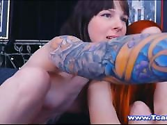 Redhead Chick Gives hoser xxx girs Friend A BLowjob