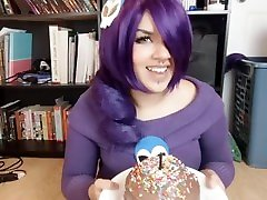 Zone-tan celebrates Bday by crushing Cake under her Huge ass
