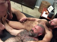 Muscle bear threesome