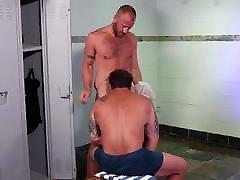 Beefy Redhead Bear Blows In Locker Room - MenOver30