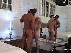Muscular deshi vabi video xxx Pornstar Blows Straight Male Stripper