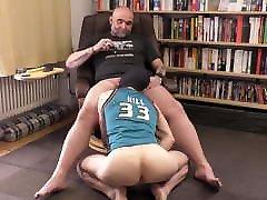 Tall muscle hunk pumping full nacko fibby femjoy load