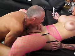 TRANSBELLA Big Booty TGirl Kelly Cesario Rough masti lione With Dad
