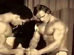 flashing the plumbler bodybuilder