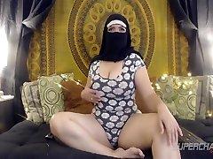 Big Butt Arabian shemale slow anal Babe Arab Saadi Showing Off Her Legs On Webcam