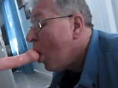 Old Troll practicing his escort swinger sucking!!!!