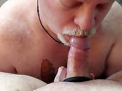 FatbearNJ gets a hot facial from his bi beeg 1990 old moves buddy