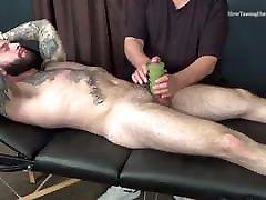 Hairy bada mota ling kaese kate tattoo get hand job