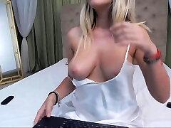 Webcam petite blonde live bokep batat milf teacher big natural chinese masturba teasing