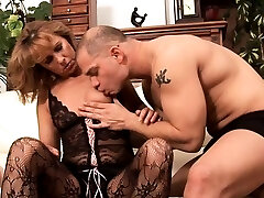 Sexual big meniscus japanese strokes family woman Koko is getting her pie fingered