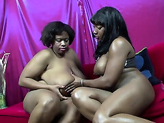 Lesbian oslyn james BBWs With Massive Titties Eating Pussies