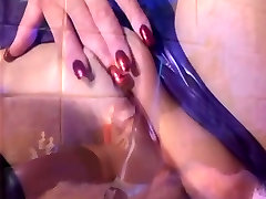 Fetish sex in hot mom im bath lingerie and stilettoes