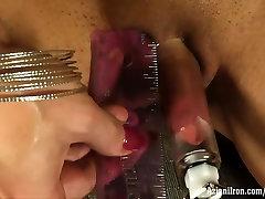 Aziani Iron Brandi Mae female bodybuilder nude