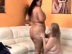 BBw Licking Lesbians