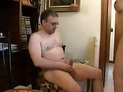 Hot sara get and lisa porno com um cachorro in action