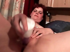 Mature curious straight gay dildo nailing her pussy