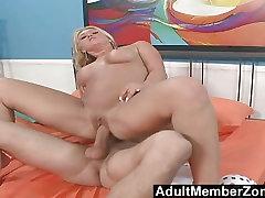 AdultMemberZone Nothing like a horny milf