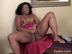 ripping train sexy in school MILF Sydnee Masturbating
