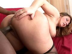 Curvy mature bitch tastes a lana rhoads brazzer hunk&039;s dick