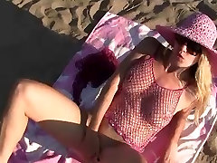 Flashing and public sex to the beach