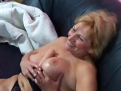 Busty beauty sex fuck gets fucked