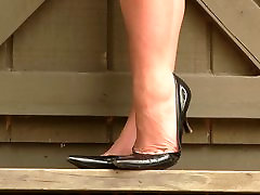 Vanessa Prada high sex sampai cape modelling shoeplay heels