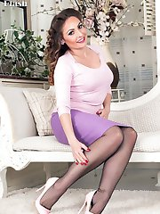 Sexy Sophia is our girdle goddess in this scene, so feminine and desirable.